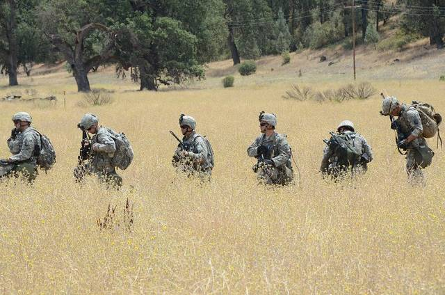 California National Guardsmen conducting field training (FLICKr Government Photos)